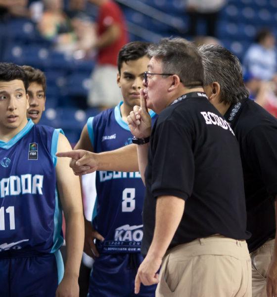 Ecuador Coach John Escalante Makes A Point