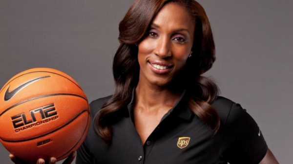 Expect A STAPLES Statue For WNBA Great Lisa Leslie
