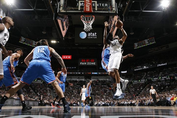 LaMarcus-Aldridge-Spurs-NBA-Playoffs-Jumper