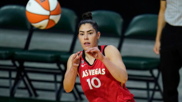 Ace Kelsey Plum Wins Wnba Six Player Of The Year Prize