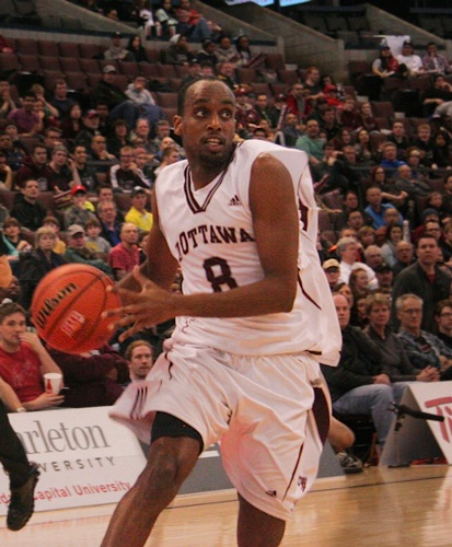 Albany Great Danes Win Close Contest Against Ottawa Gee-gees
