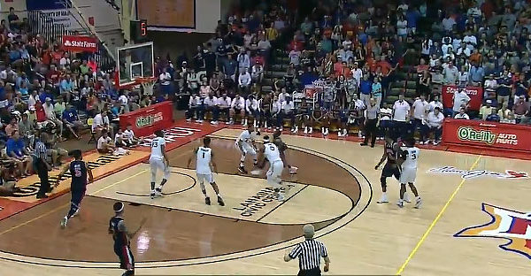 "Auburn's 5'11"" Guard Jared Harper Major Dunk On Xavier Musketeers"