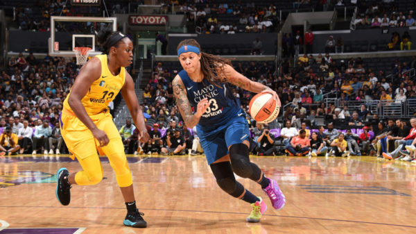 augustus in los angeles seimone signs with sparks