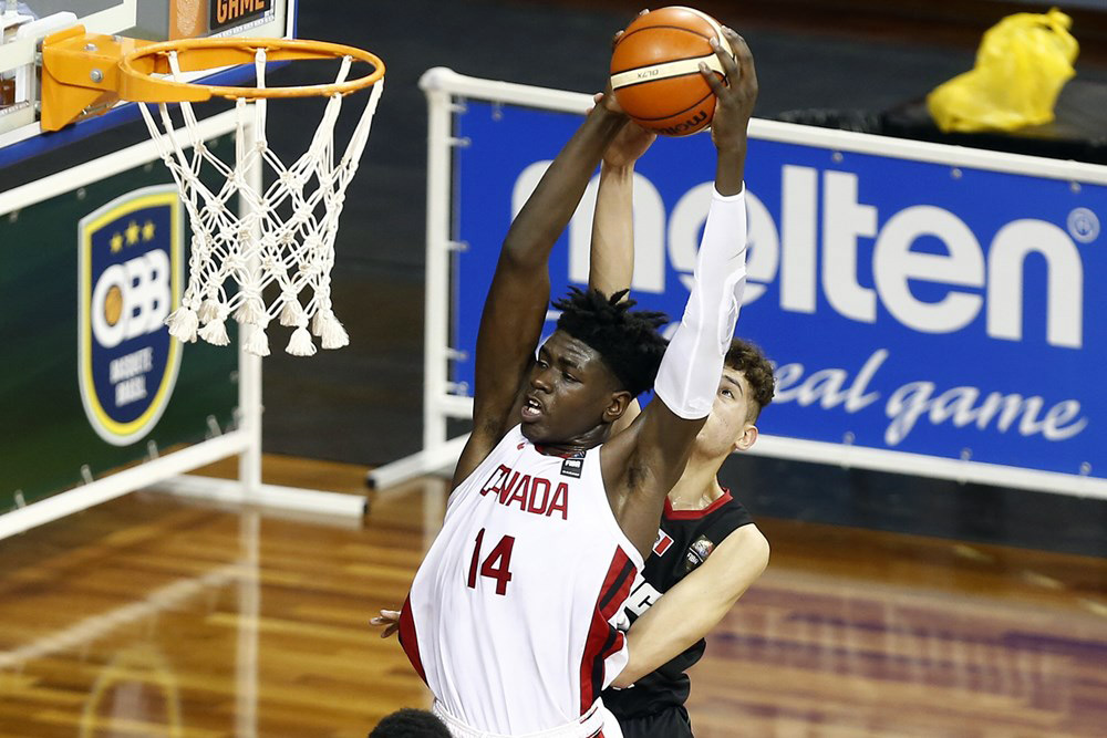 Canadian 6 Foot 10 Enoch Boakye Commits To Michigan State Spartans