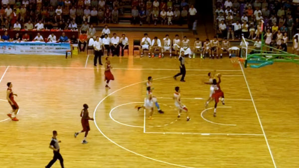Canadian Daniel Mullings Goes Lebron James On Chinese Defender With Massive Throwdown