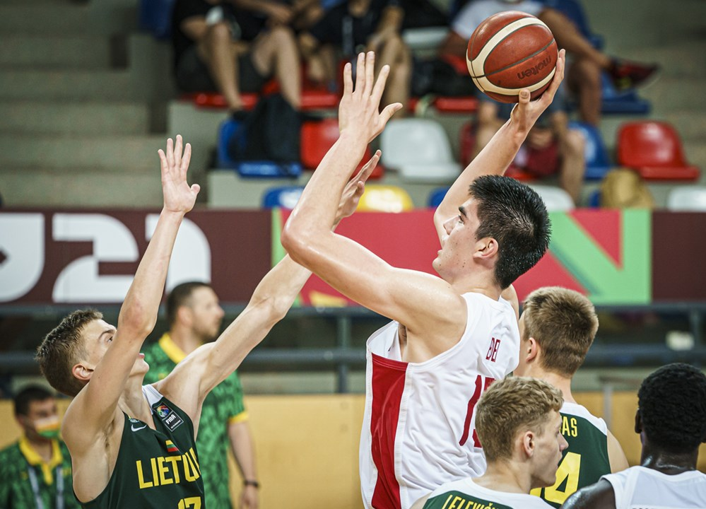 Canadian forward zach edey registers big double double canada past lithuania at 2021 fiba u19 world cup