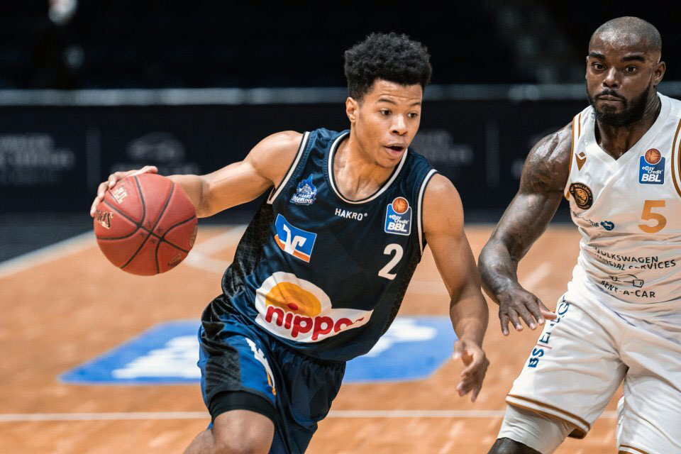 Canadian guard trae bell haynes attacks the hoop in during 2021 germany basketball league action