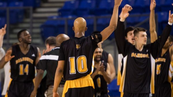 CIS Final 8: No. 6 Dalhousie Tigers send No. 3 Ottawa Gee-Gees Packing