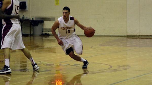 Concordia Stingers Guard Kyle Desmarais Attacks Basket