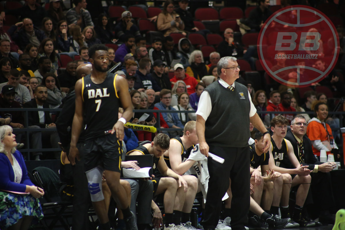 dalhousie tigers head coach rick plato 2020 usports final 8 championship game against carleton