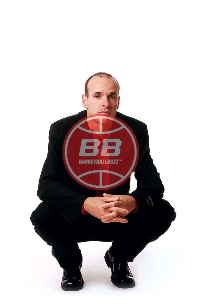 Dave Smart Crouched Timeout Basketballbuzz Magazine