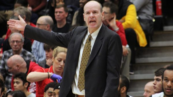 Dave Smart steps down as Carleton men's head coach after 14 national titles