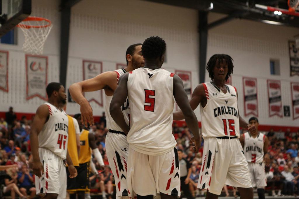 Elie Karojo Carleton Ravens Basketball Freshman Against Ncaas Valparaiso Crusaders