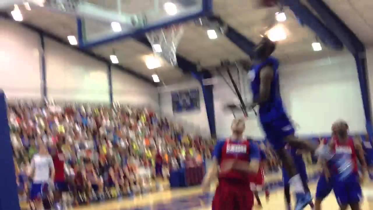 Freshman Andrew Wiggins Opens Up Kansas Era With Thunderous Slam