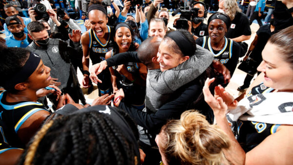 Hometown Hero Candace Parker Leads Chicago Sky To A Chance For A Wnba Championship