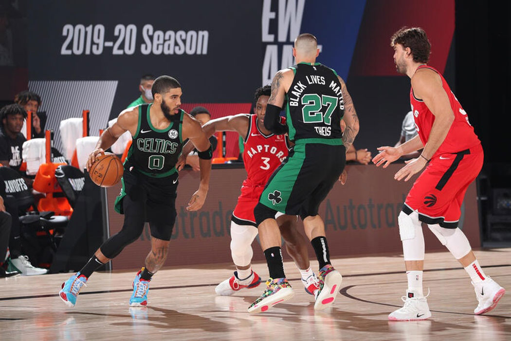 jayson tatum comes off theis screen boston celtics defeat the toronto raptors 2020 nba playoffs