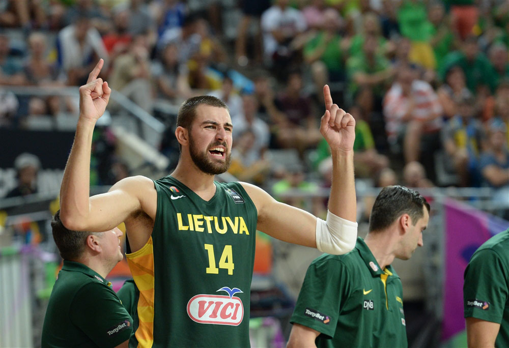 Jonas Valanciaunas Shines At FIBA 2014 World Cup