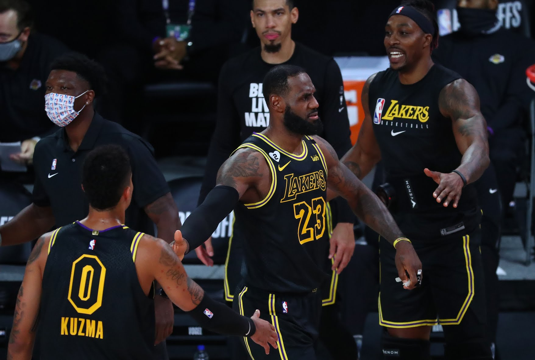 Lakers Fade Blazers To Black With Mamba Mentality
