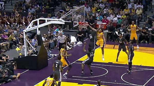 Lakers Rookie Larry Nance Jr. Posterizes Warriors Festus Ezeli