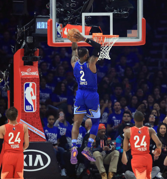 lebron james throws down two hand dunk 2020 nba all star game
