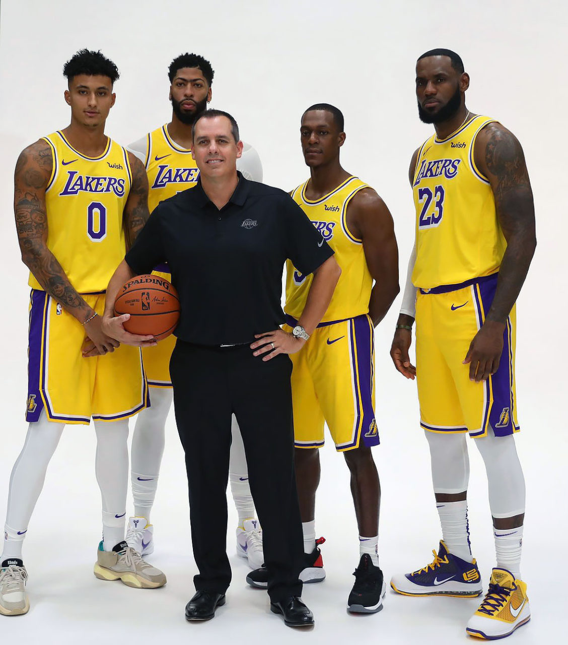 Los Angeles Lakers Kyle Kuzma Anthony Davis Rajon Rondo Lebron James Frank Vogel