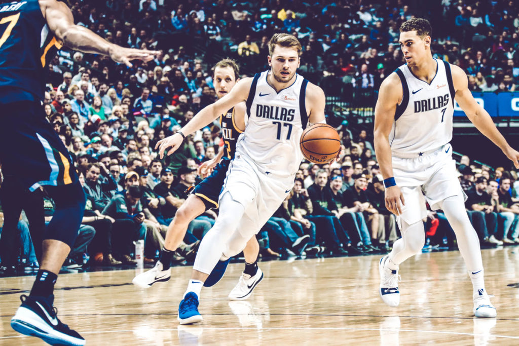 Luka Doncic Dwight Powell Dallas Maverics