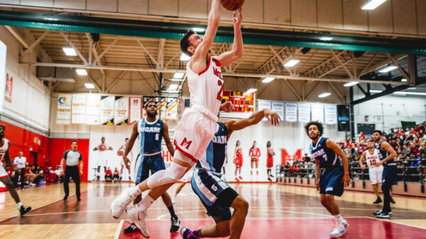 Mcgill'S Sam Jenkins Drives To The Basket In Against Uqam Citadins During 2019-2020 Season.