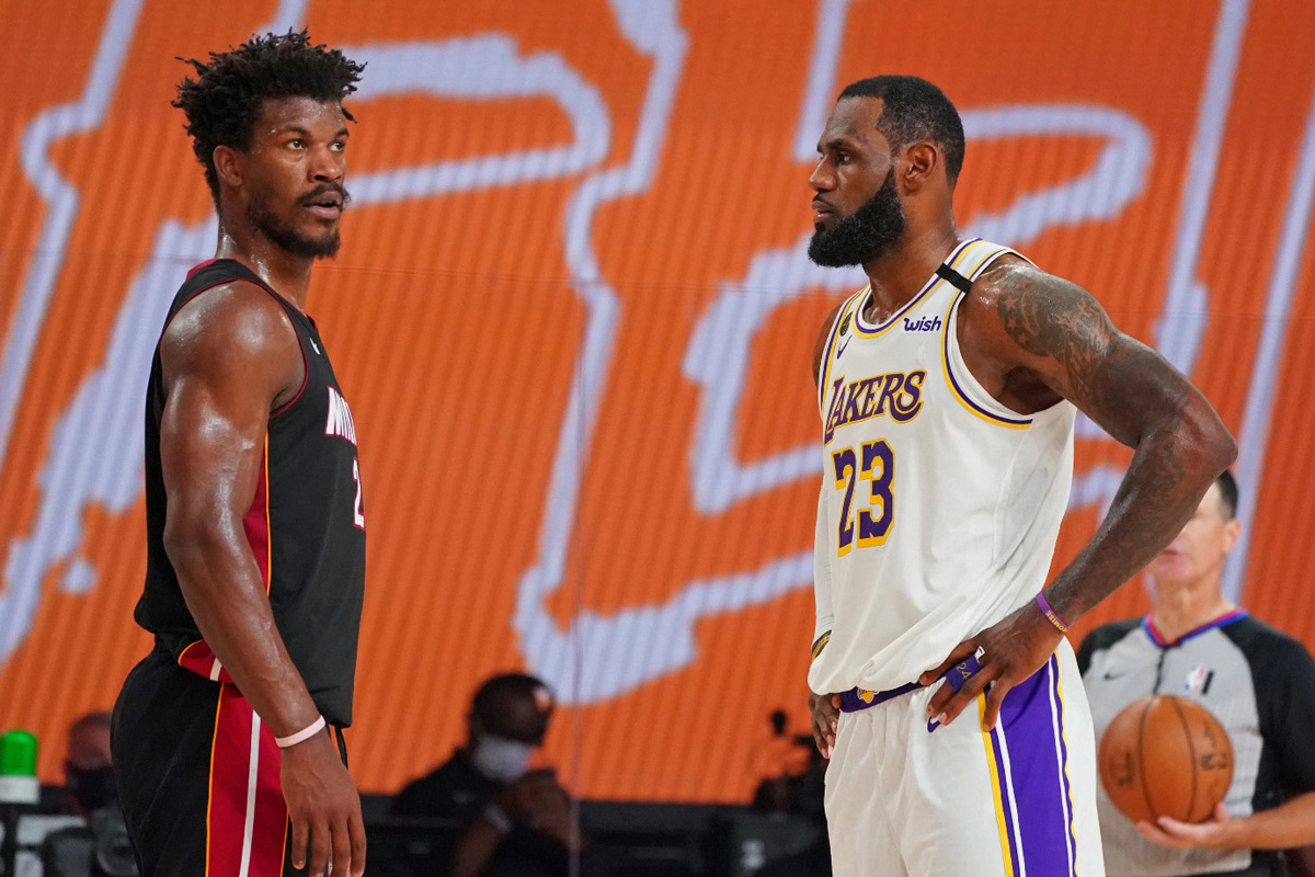Miami Heat Jimmy Butler Lakers Lebron James Its Beginning To Look Like An Nba Christmas