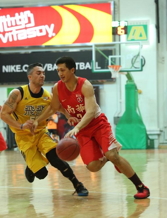 nathan-yu-and-tyler-kempkay-basketballbuzz-hong-kong
