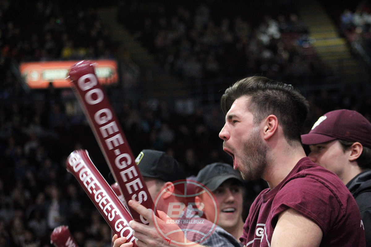ottawa gee gees basketball fans 2020 capital hoops classic
