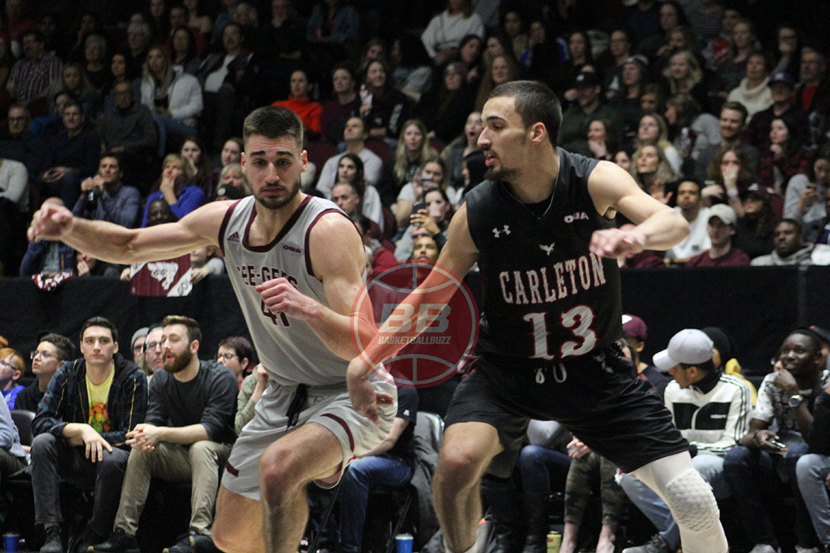 ottawa gee gees guillaume pepin fights for rebound over carleton ravens isiah osborne 2020 capital hoops classic in ottawa