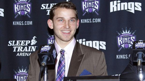 Sacramento Kings sniper Nik Stauskas goes 15-for-15 from beyond the arc