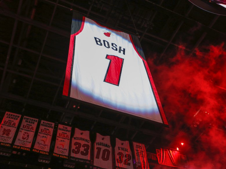 The Miami Heat Say 'Thank You Chr1s' With Rafter Raise.