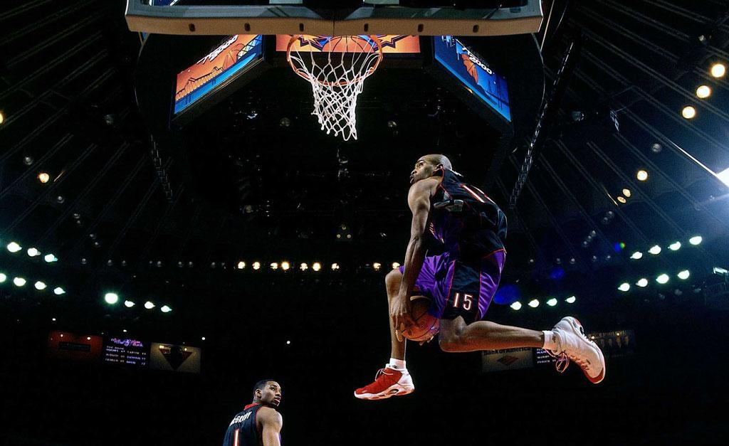 Toronto Raptors Vince Carter Nba Dunk Contest Between The Legs