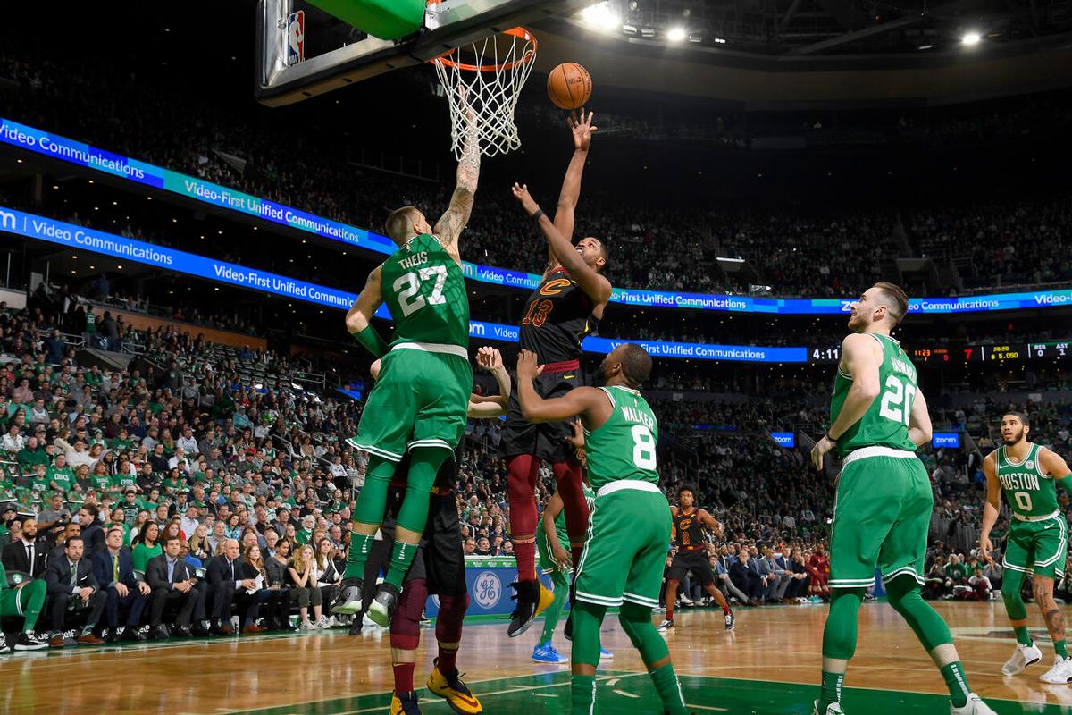 tristan thompson signs with boston celtics