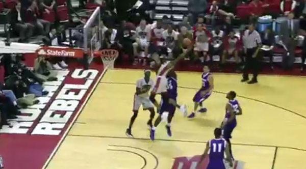 Unlv Freshman Derrick Jones Defies Gravity With Left Hand Tomahawk Dunk