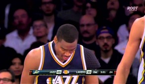 Utah Jazz's Alec Burks sends Kobe Bryant flying with sweet back-the-back crossover