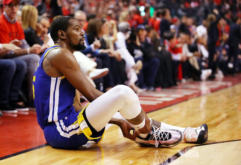 Warriors Kevin Durant Injures Right Achilles 2019 Nba Finals Game 5 Vs Toronto Raptors