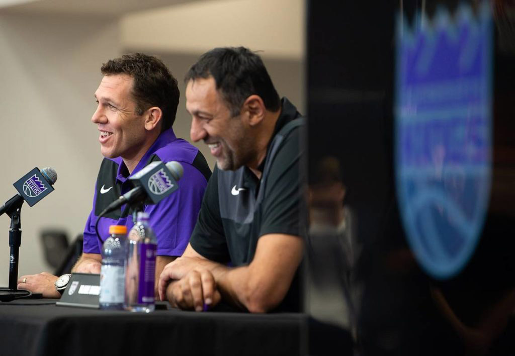 With The Magic Gone From Hollywood, Luke Walton Goes From A King To The Kings